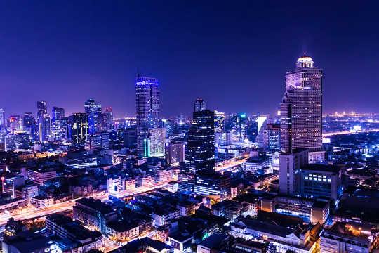 Почему городам нужно окружать тьму ночного неба
