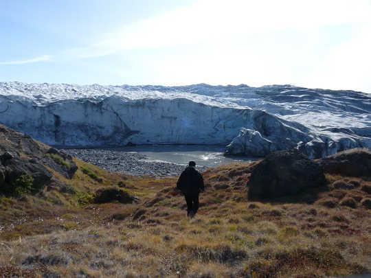 格陵兰的冰川蕴藏着全球约8%的淡水。