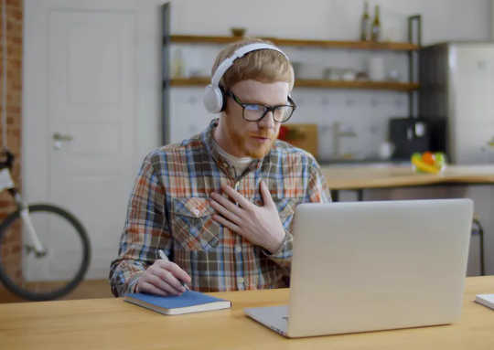7 نکته برای سهولت سخنرانی در کلاسها و جلسات آنلاین