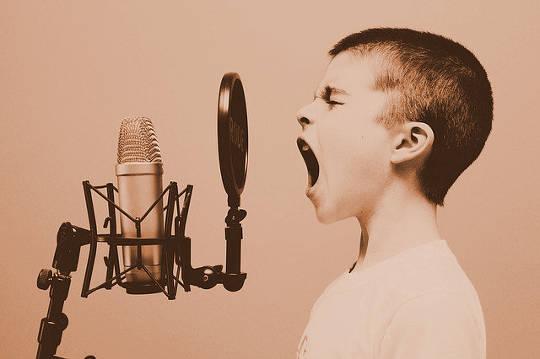 Menneskelige harmonier: Åndelige tradisjoner foreskriver lyder og stillhet