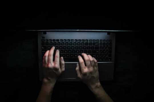 Serangan siber meningkat di tengah-tengah kerja dari rumah - Cara Melindungi Perniagaan Anda
