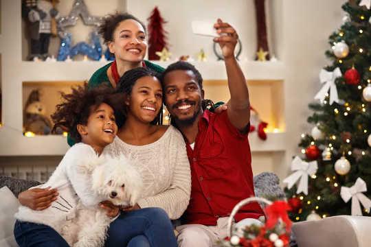 Tại sao tổ chức lễ Giáng sinh tốt cho sức khỏe tâm thần của bạn