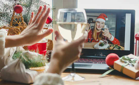كيفية إدارة توقعات الأسرة وتجنب خرق القواعد في عيد الميلاد هذا العام