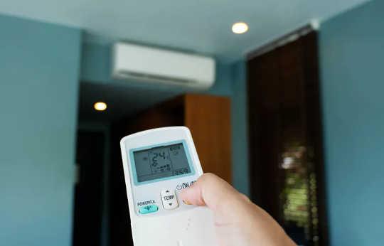 Klimaanlegg kan hjelpe til med å ventilere rom, men bare hvis de setter inn frisk luft utenfra, i stedet for å sirkulere inneluft.