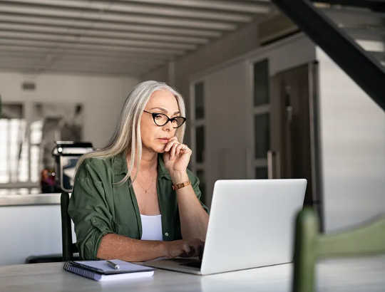3 maneiras de trabalhar em casa A longo prazo pode ser bom ou ruim para sua saúde