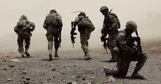 Existiert das amerikanische Imperium heute, um endlosen Krieg zu führen?