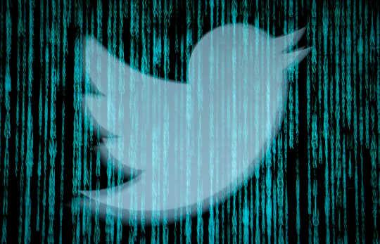 Hack Twitter mendedahkan ancaman yang lebih luas kepada demokrasi dan masyarakat