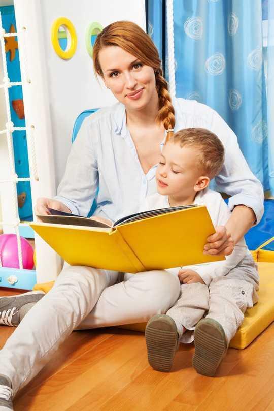 Qué hacer en casa para que a sus hijos les vaya bien en la escuela