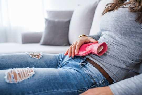 El ibuprofeno podría hacer que sus períodos sean más ligeros, pero no es una solución a largo plazo