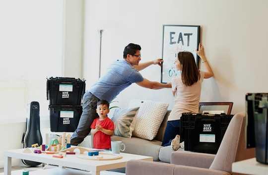 5 советов для общения с партнером, пока вы застряли дома