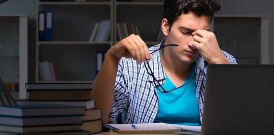 코로나 바이러스 전염병 동안 집중력에 문제가 있습니까?