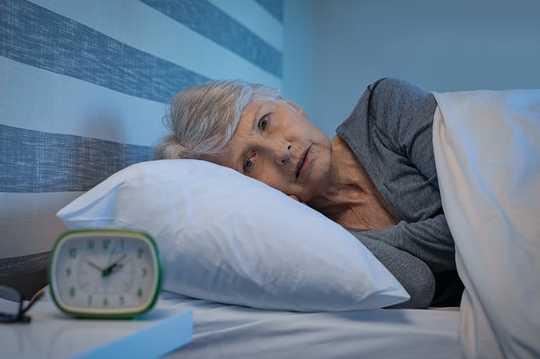 10 maneiras de dormir como um bebê durante a crise