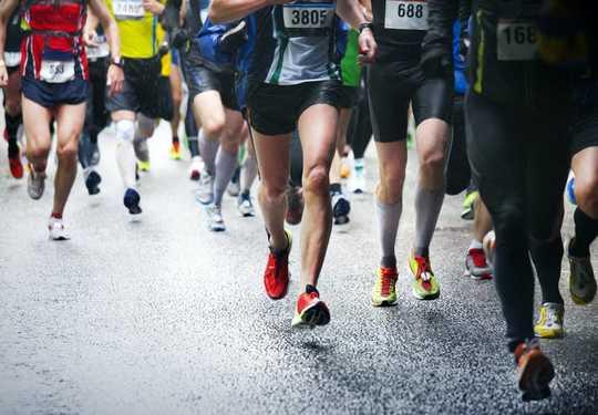 Waarom regelmatige lichaamsbeweging voordelen op lange termijn heeft voor de immuniteit