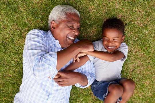 노화 : 나이가 들어감에 따라 후성 유전 시계가 느려지는 방법