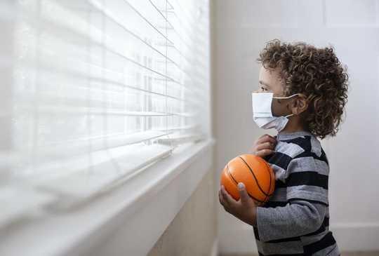 Les amitiés de quartier font leur retour pour les enfants à l'ère du coronavirus