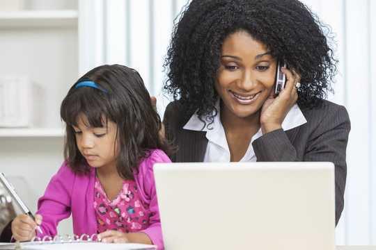 5 maneiras de ser um gerente melhor ao trabalhar em casa