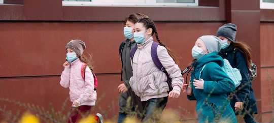 Hvorfor gjenåpning av skoler krever stor forsiktighet