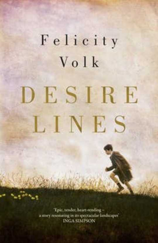 The Novel Desire Lines is een klein liefdesverhaal in een episch verhaal
