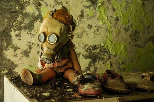 Apa yang Chernobyl dapat Ajarkan kepada Kami Mengenai Ancaman Coronavirus yang Tidak Terlihat