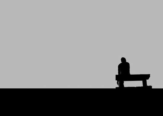Hvordan hjelpe noen du bor sammen med som har depresjon