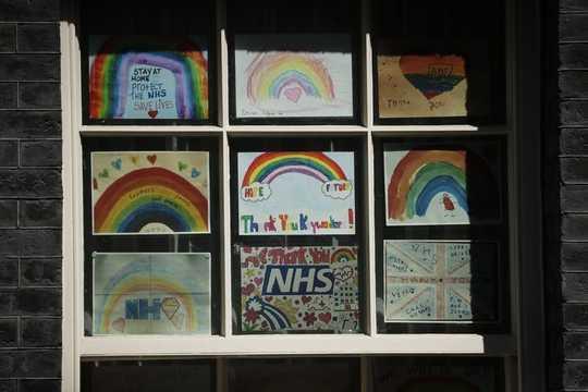 कैसे कला मानसिक स्वास्थ्य को बढ़ावा देती है