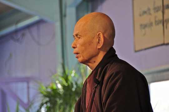5 Mga Turo sa Budismo na Makatutulong sa Iyong Pakikitungo sa Pagkabalisa