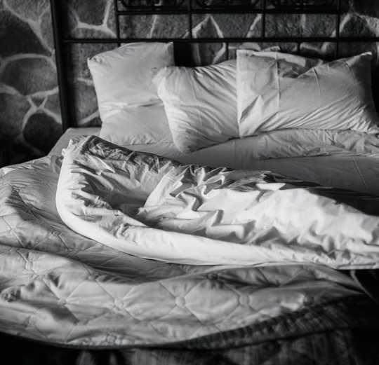 Coronavirus and Sex: Dos And Don'ts Under Social Distancing