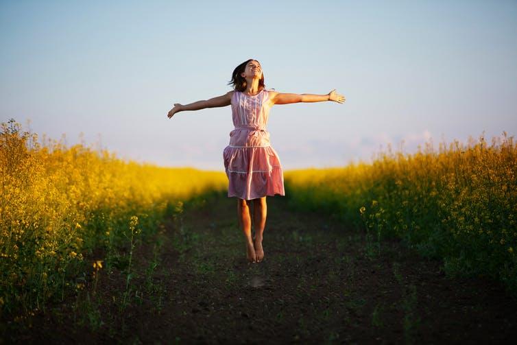 خوشبختی: آیا احساس محتوا از هدف و اهداف مهمتر است؟