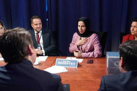 زنان در کشورهای عربی خود را بین فرصت و سنت پاره می کنند