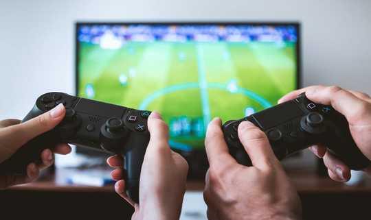 بازی های ویدئویی اجتماعی برای بازی در طول قرنطینه Coronavirus