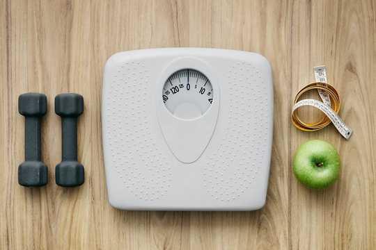 Mengapa Wanita Bertambah Berat Saat Menopause