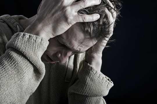 क्यों क्लस्टर सिरदर्द सिर्फ एक सिरदर्द से अधिक है