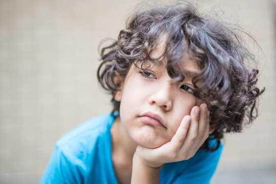 Barn trenger ikke alltid å være underholdende, noen ganger er kjedsomhet bra for dem