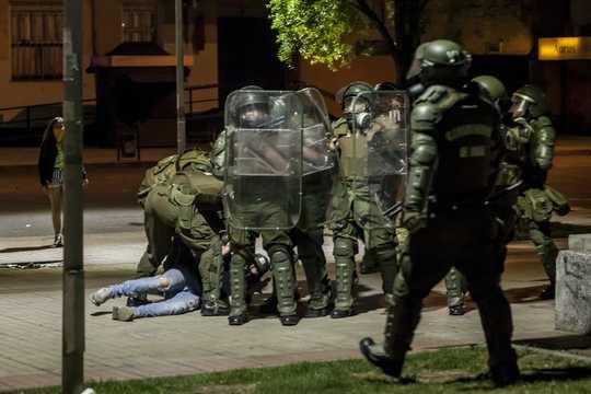 Hvordan bruke militæret til å kvassere protester kan utslette demokrati