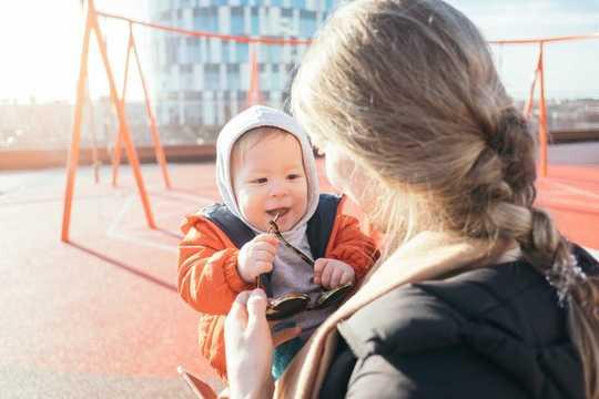 لماذا كلام الطفل الصغير جيد لطفلك