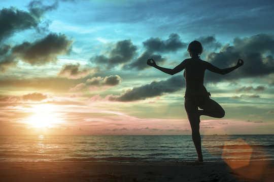 कैसे मानसिक पूर्वाभ्यास हमें कार्रवाई के लिए तैयार करता है