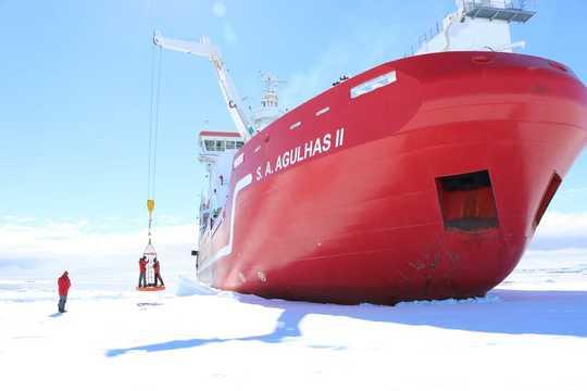 Antarktiese yshakke openbaar 'n ontbrekende stuk van die klimaatpuzzel