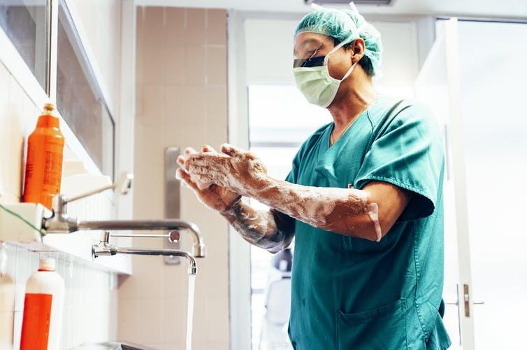 Coronavirus et lavage des mains: la recherche montre qu'un bon séchage des mains est également essentiel