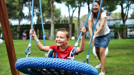 Kuinka kasvattaa menestyvää ja onnellista lasta
