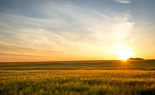 Warum Tag und Nacht auf einem Äquinoktium nicht gleich lang sind