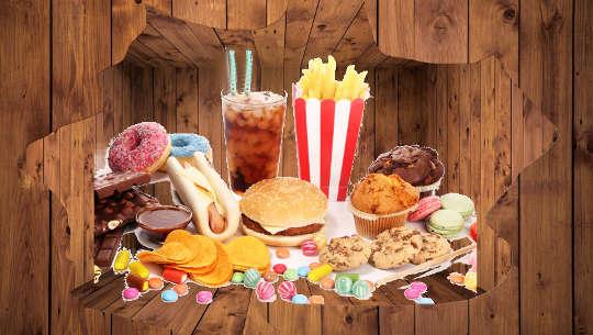 Chế độ ăn uống không lành mạnh cũng có thể là nguyên nhân.
