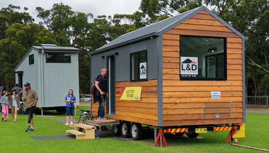 Yêu thích ý tưởng sống trong ngôi nhà nhỏ bé, ngay cả khi bạn không sống trong một ngôi nhà