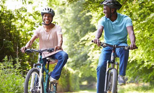 COVID-19: Η άσκηση μειώνει πραγματικά τον κίνδυνο;