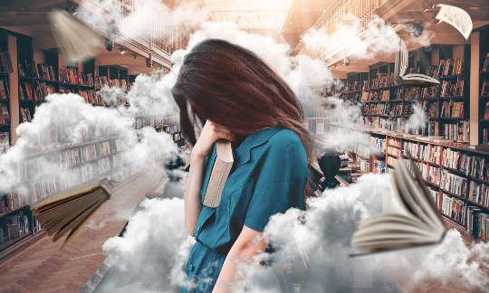 لماذا يؤمن الناس بالمؤامرات؟