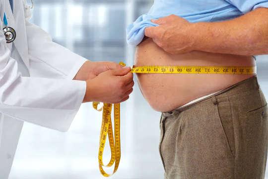 低生育率与包括肥胖在内的多种疾病有关。