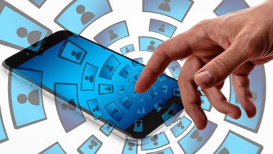 ハッカーはあなたの携帯電話番号で何ができますか?