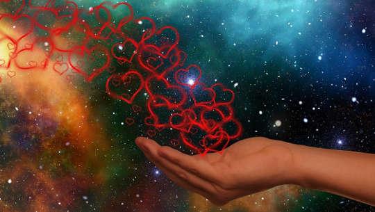Paranemisen ensimmäinen periaate: Rakkaus on todellinen parantaja