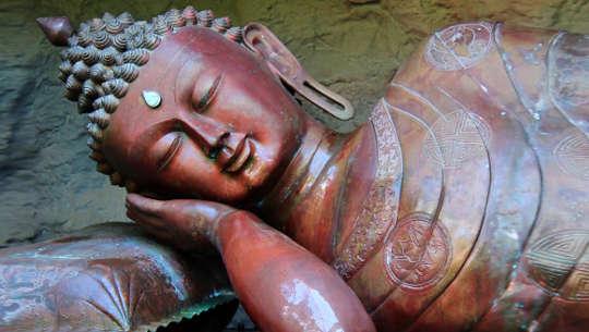 Domanda? Esclamativo! La migliore meditazione non è meditazione