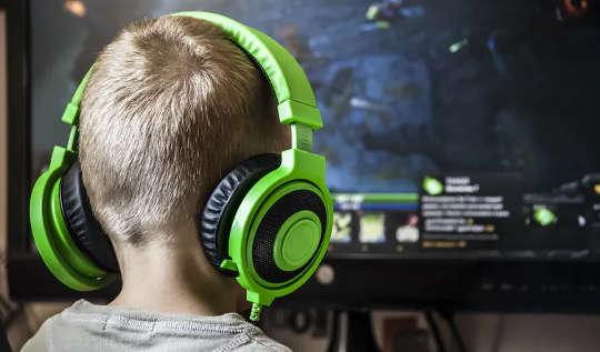 Brincadeira de criança: os jogos de tela ainda são uma brincadeira 'real'?