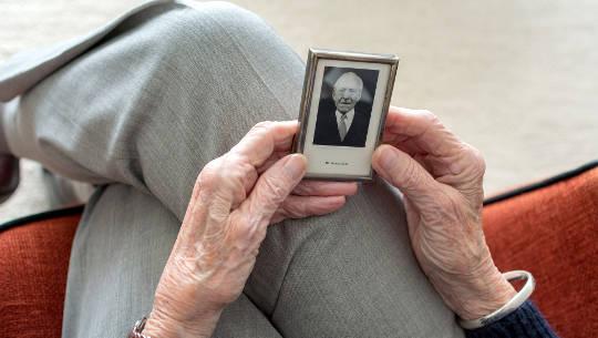 06 04 khi những người thân yêu di chuyển vào 3190629 1920